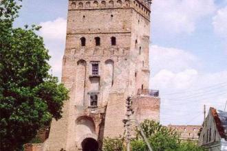 Воротна вежа фото #4