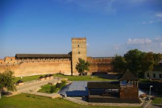 У Луцькому замку будуть проводити богослужіння