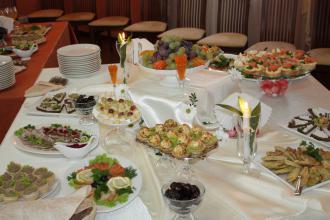 Організація фуршетів та кейтеринг. Кейтеринг у Луцьку від скатертини до десерту., Рестпарк (ресторан) фото #8