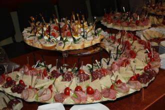 Організація фуршетів та кейтеринг. Кейтеринг у Луцьку від скатертини до десерту., Рестпарк (ресторан) фото #12