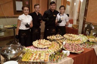 Організація фуршетів та кейтеринг. Кейтеринг у Луцьку від скатертини до десерту., Рестпарк (ресторан) фото #14