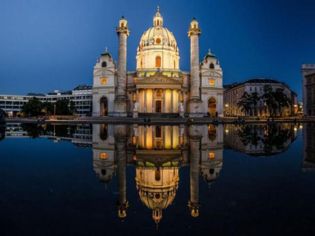 фото туру Празьке дежавю+Відень… Автобусний тур на 4 дні за 78 eur!