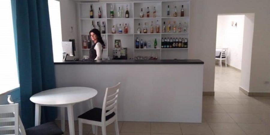 Слайдшоу закладу Кафе Космос, Fамілі кафе