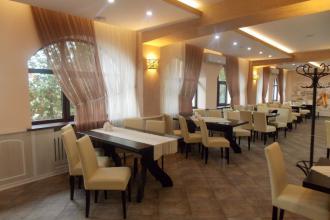 Інтер'єр, Ресторація болгарської кухні ЧЕВЕРМЕТО (Дубнівська, 99а) фото #2