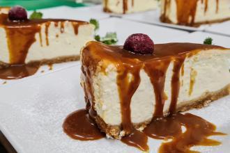 «А тепер - десерт!»