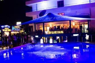 Молодіжний готель в Болгарії, тільки для дорослих (18+)