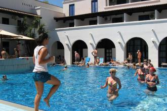 Чорногорія - чудовий адріатичний курорт для пляжного відпочинку, з прекрасною природою !