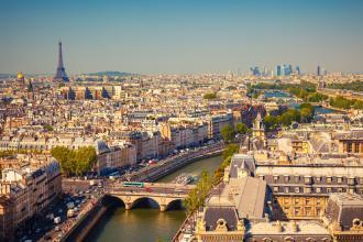 Маленька французька подорож Париж і Діснейленд!