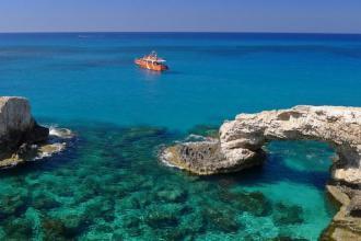 Оксамитовий сезон на Кіпрі