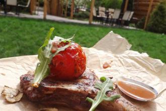 Неймовірна смакота на літній терасі Osteria!