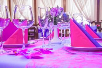 Весілля в кольорі фуксії