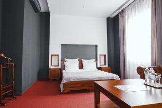 """інтер""""єр, Срібні лелеки (готель) фото #16"""