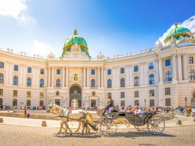фото туру Ідеальне тріо:  Прага, Мюнхен, Відень!  ... Без нічних переїздів .