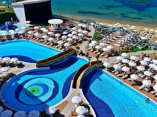 фото туру Королівський сервіс та якість в Azura Deluxe Resort & Spa 5 * Туреччина