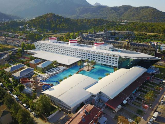 фото туру Туреччина! Готель в Кемері у вигляді лайнера! (560 євро за двох)