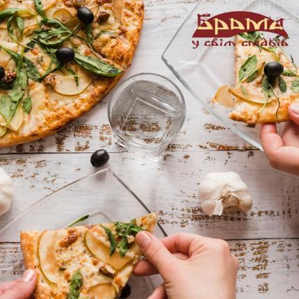 """фото Смачна піца від ресторації """"Брама"""""""